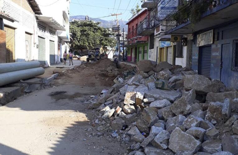 Calle Zaragoza, destrozada durante 8 meses
