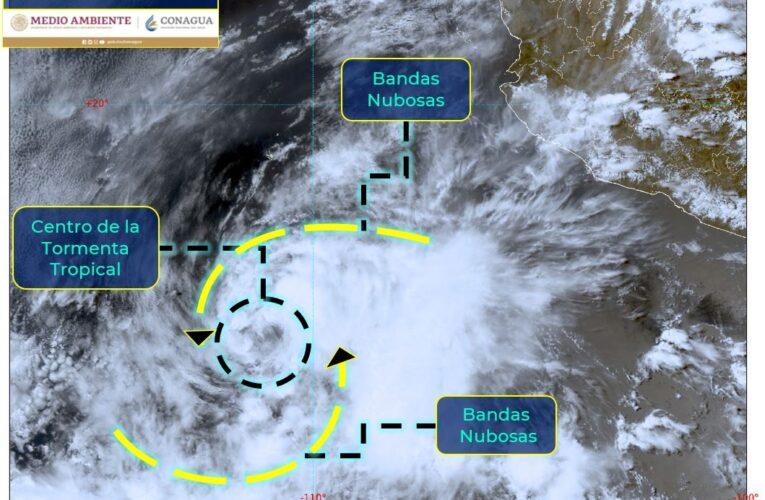 """Se aleja tormenta """"Blanca"""" de costas mexicanas"""