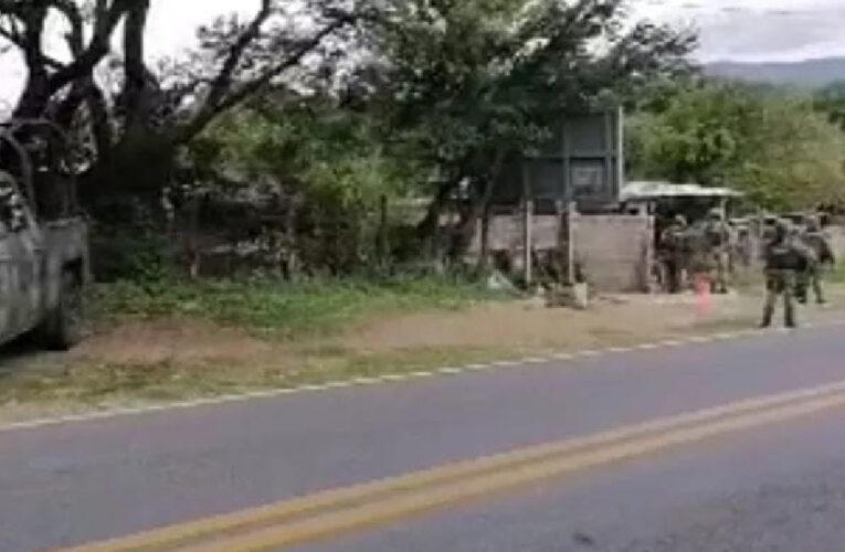 Mata grupo armado a seis hombres en fiesta de Tetipac