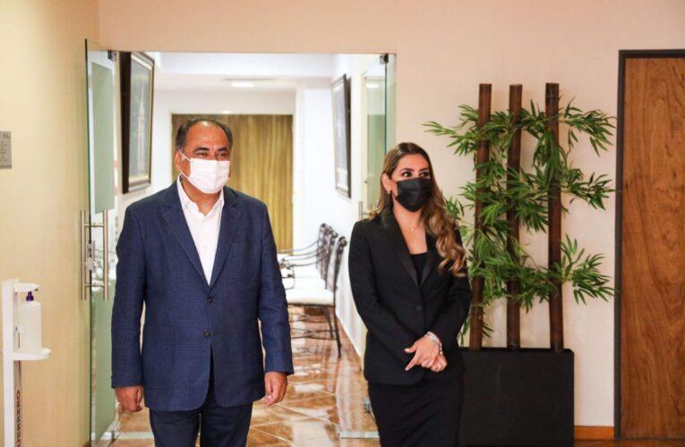Se reúnen gobernador y gobernadora electa de Guerrero