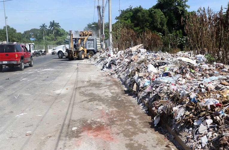 Guarden su basura, pide alcaldesa de Acapulco a ciudadanos